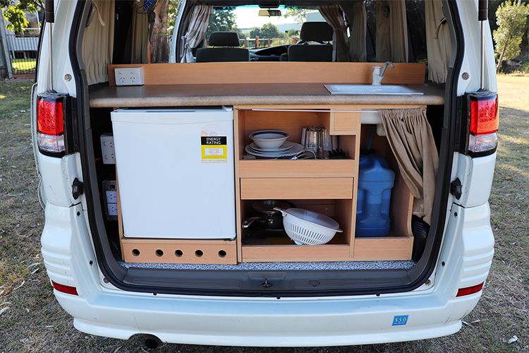 Awesome Elgrand Camper – Awesome Vans and Camper Hire